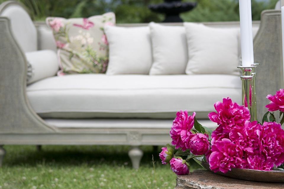 Tips to Make a Small Yard Look Bigger